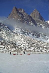 Vallée de la Weasel près du Mont Odin - 14 Avril 2002.