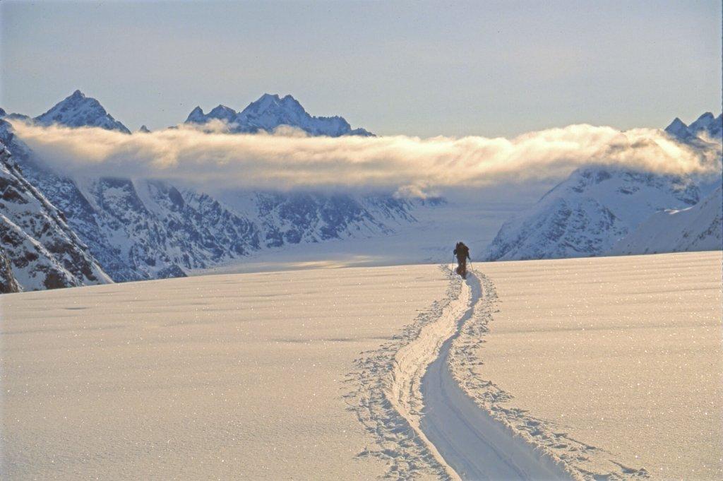 Trace profonde sur la partie supérieure du glacier Terray. 1ér mai 1997.