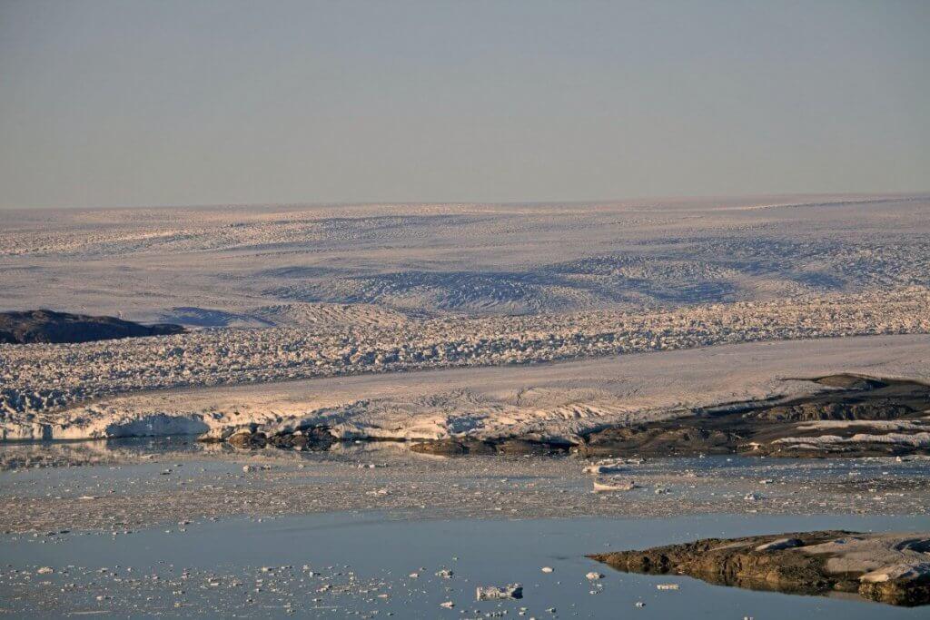 Upernavik 2009 - Le front de la calotte depuis la balade au-dessus du camp 7 le 5 août 2009.