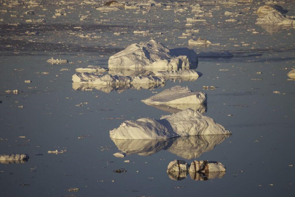 Traversée Upernavik-Kullorsuaq - Au-dessus du camp 21 le 23 août 2012.