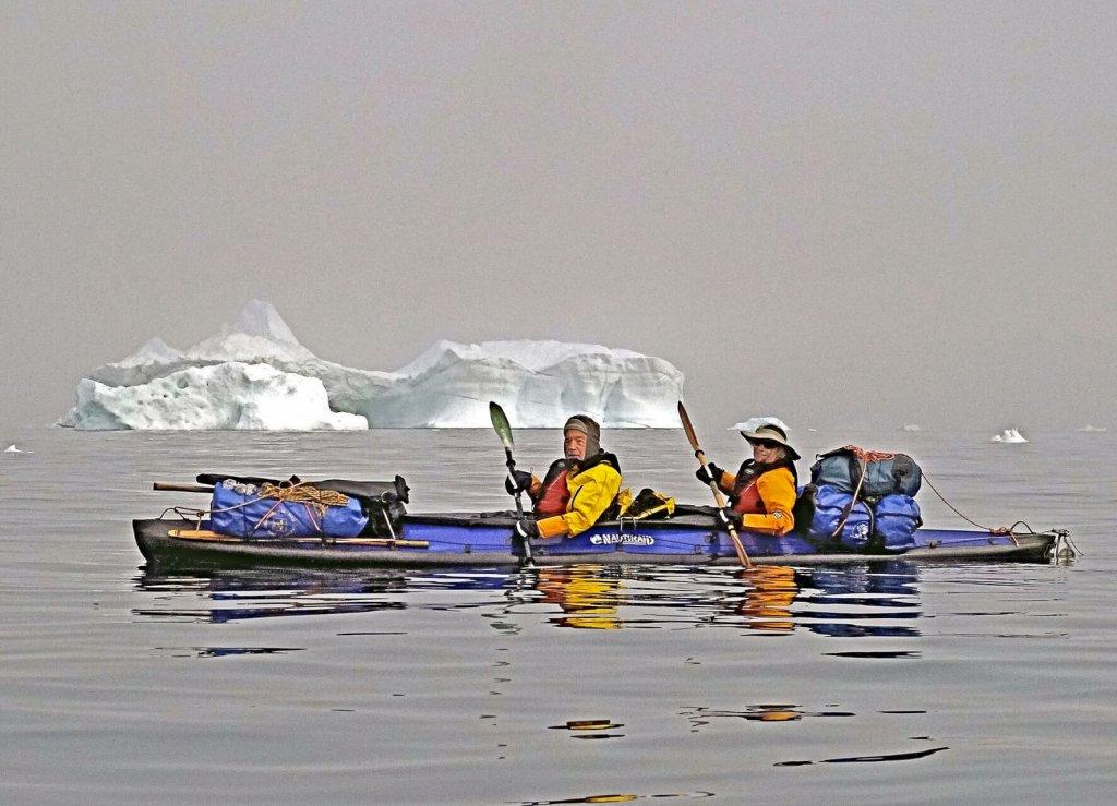 Béatrice et Marc naviguent entre les camps 3 et 4 le 25 juillet 2014.