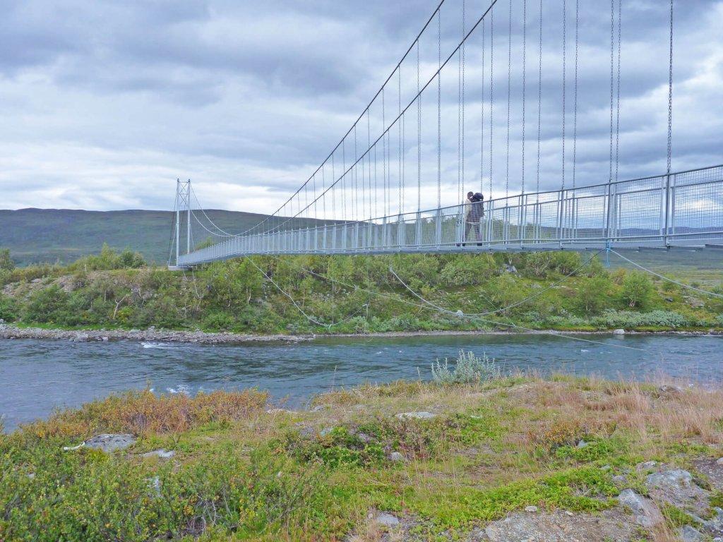 Jour 14 - Pont vers Kutjaurestugorna. 25 août 2011.