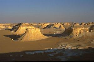 Coucher de soleil dans le Désert Blanc