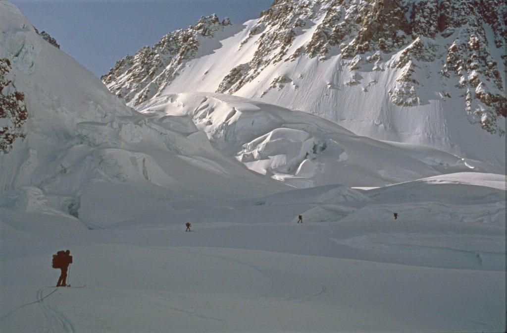 Dans les séracs du glacier de Canta - 21 Avril 1984.