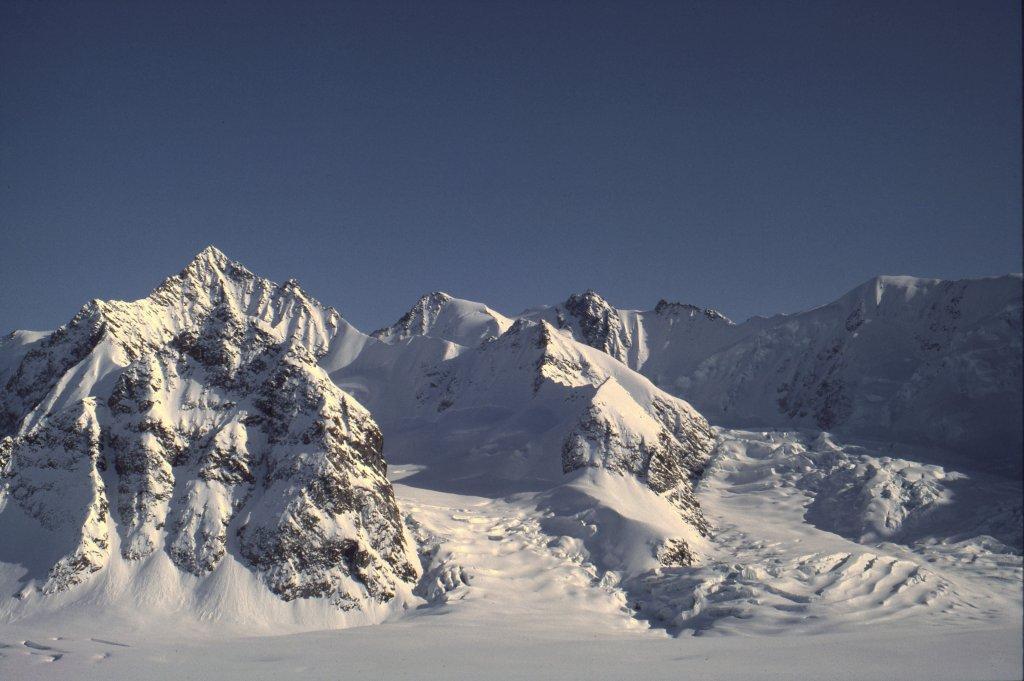 Le glacier de Ber (Berbrae) et la Cima di Granito - 3 Mai 1984.