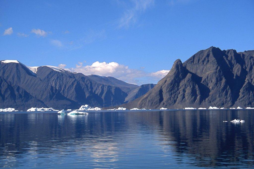 Uvkusigssat Fjord.