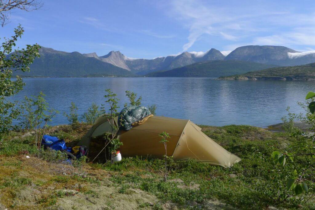 Le camp 10 à la pointe de Sornesholmen sur le Haukoyfjord le 30 juillet 2016.