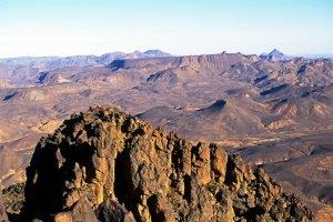 Le massif de l'Assekrem vu du sommet de la Tahat
