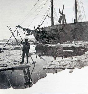 Sondage d'une mare de fonte au printemps 1894