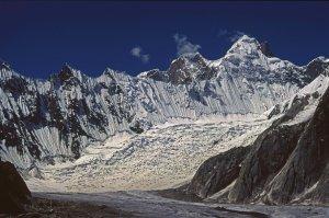 Le glacier de Baltoro vers 4500m entre Goré et Concordia. 11 août 1995.