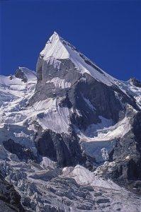 Leila Peak (6069m) vu de la vallée de Gondokhoro. 16 août 1995.