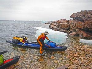 Arrivée à Qeqertarssuaq - 4 août 2017 - Photo JM Daveau