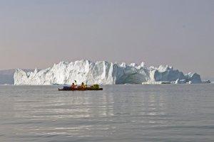 Jean-Marc et Philippe dans le fjord d'Inglefield entre le glacier Hubbard et le fjord Bowdoin - 22 août 2017