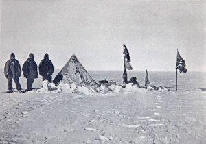 Le dernier campement le plus près du Pôle après 60h de blizzard. 9 janvier 1909.
